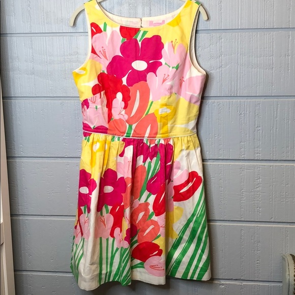 Lilly Pulitzer Dresses & Skirts - Lilly Pulitzer bright floral pockets Easter dress